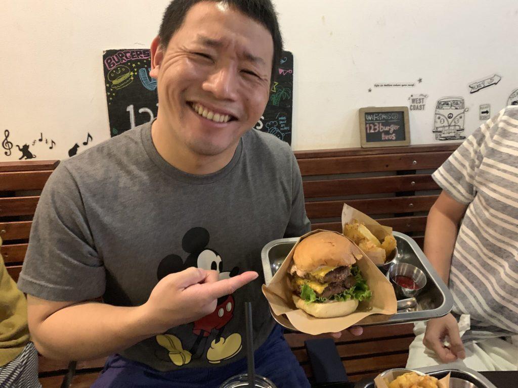 ユタカ先輩とハンバーガー